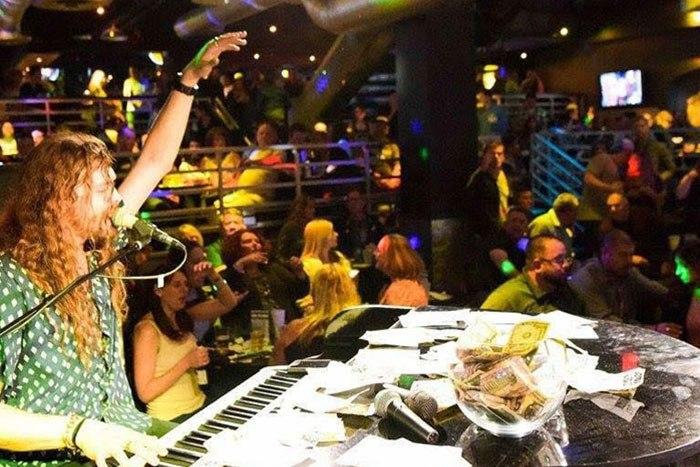 piano bar Glendale az